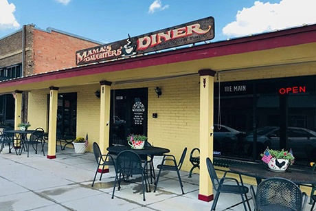 Mama's Daughters' Diner in Forney